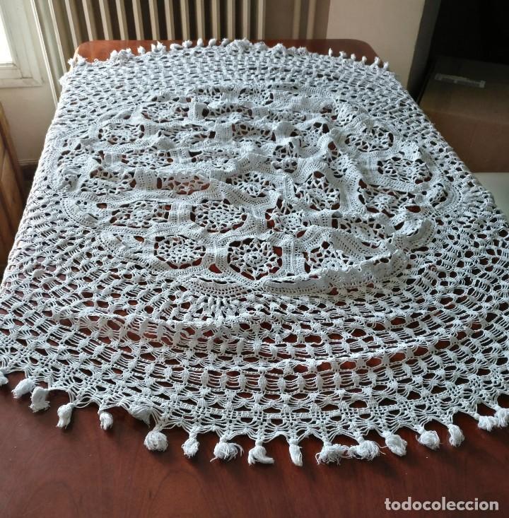 Antigüedades: T 14 Gran tapete / mantel redondo blanco 130cm diámetro - Foto 2 - 120069203