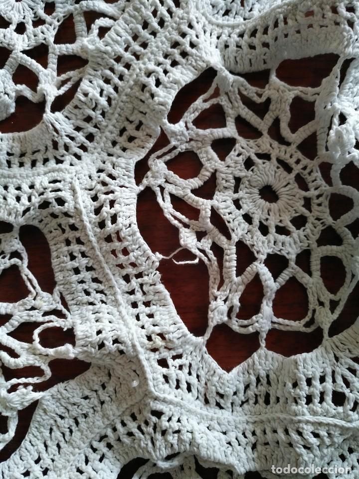 Antigüedades: T 14 Gran tapete / mantel redondo blanco 130cm diámetro - Foto 8 - 120069203