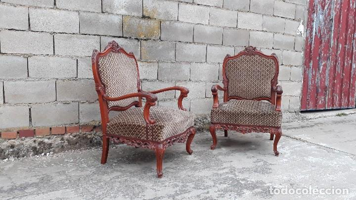 Antigüedades: 2 dos sillas butacas antiguas estilo barroco. Pareja de sillones antiguos estilo Luis XV. - Foto 2 - 120078643