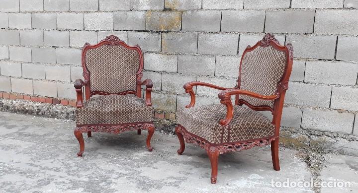 Antigüedades: 2 dos sillas butacas antiguas estilo barroco. Pareja de sillones antiguos estilo Luis XV. - Foto 3 - 120078643