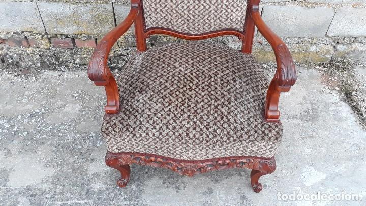 Antigüedades: 2 dos sillas butacas antiguas estilo barroco. Pareja de sillones antiguos estilo Luis XV. - Foto 10 - 120078643