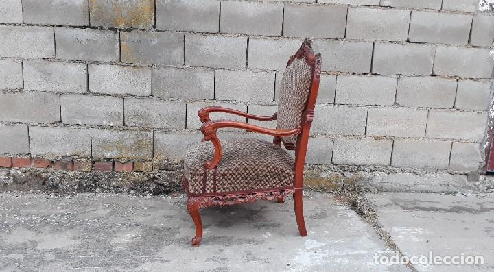 Antigüedades: 2 dos sillas butacas antiguas estilo barroco. Pareja de sillones antiguos estilo Luis XV. - Foto 12 - 120078643