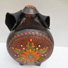 Antigüedades: CANTIMPLORA TALLADA EN MADERA. Lote 120106071