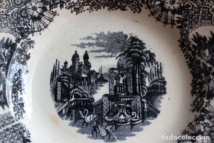 Antigüedades: ANTIGUO PLATO HONDO PICKMAN SEVILLA SERIE VISTAS SELLO ANTIGUO SIN NÚMERO 23,5 CM X 4,2 ALTURA - Foto 9 - 120111303