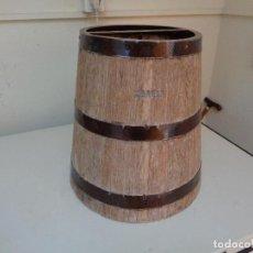 Antigüedades: MEDIDOR GRANO DE MADERA. Lote 120146331