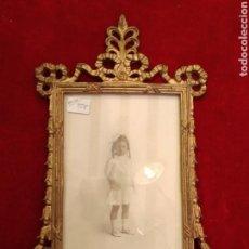 Antigüedades: MARCO, PORTARRETRATOS, DE FOTOS SIGLO XIX DORADO. Lote 120189268