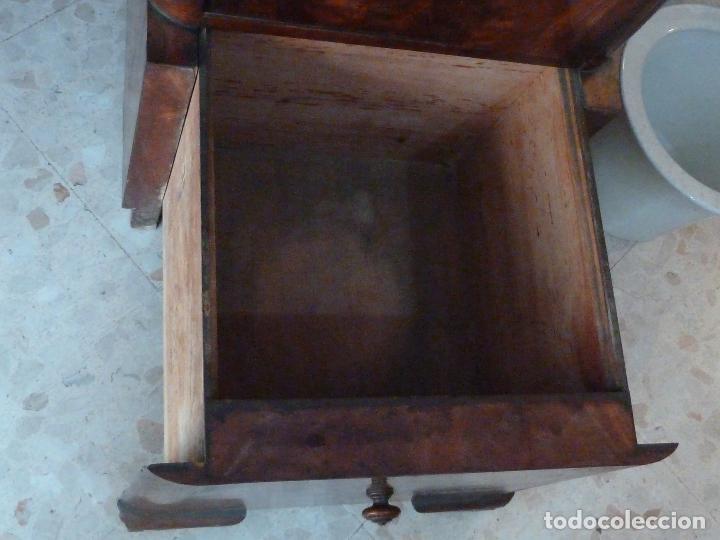 Antigüedades: DOMPEDRO O ORINAL ISABELINO - PEQUEÑO ARMARIO CON COMPARTIMENTOS Y REPOSA BRAZOS - Foto 6 - 120234663