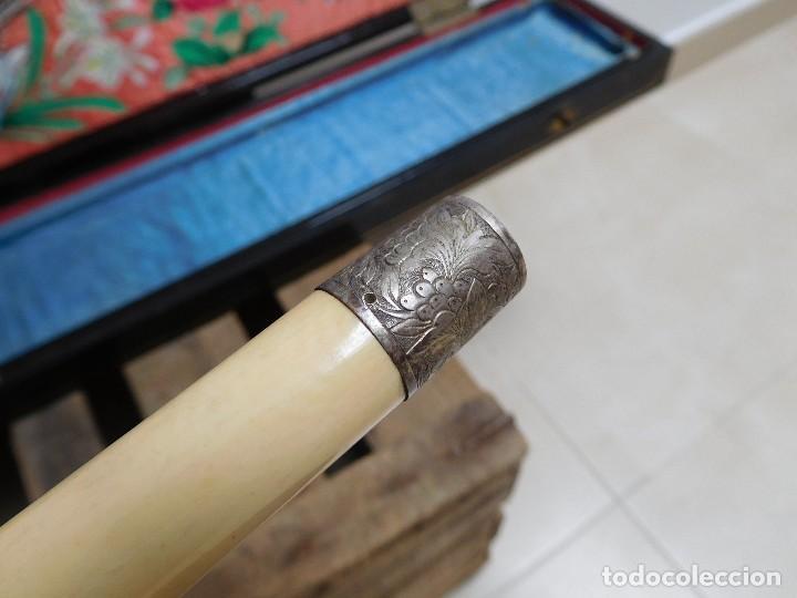 Antigüedades: Bastón de marfil antiguo con su caja lacada original finales de siglo XIX - Foto 28 - 120236743