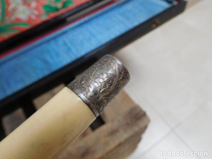 Antigüedades: Bastón de marfil antiguo con su caja lacada original finales de siglo XIX - Foto 29 - 120236743