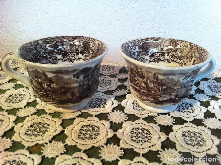 PAREJA DE TAZAS DE CAFE DE PIKMAN (CARTUJA DE SEVILLA) DE FINALES DEL XIX (Antigüedades - Porcelanas y Cerámicas - La Cartuja Pickman)