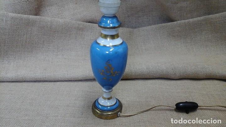 Antigüedades: Lámpara en porcelana estilo Sevres . Años 20-30 ,pintada a mano - Foto 2 - 120470079