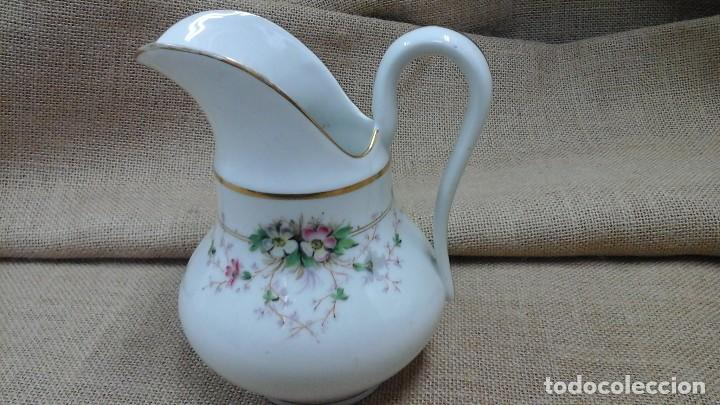 Antigüedades: Jarra en porcelana fina estilo Limoges . 1950 - Foto 3 - 120470671