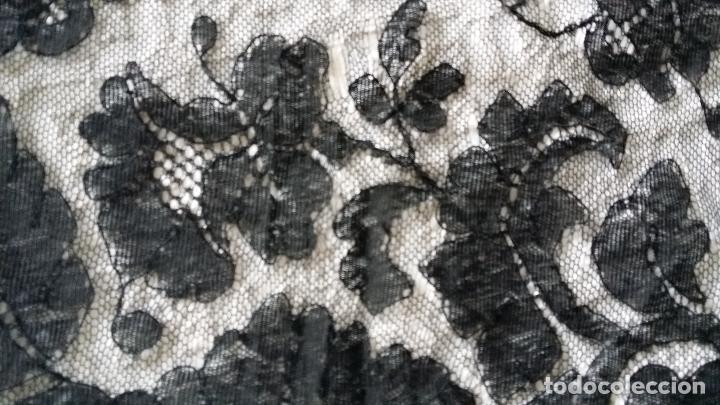Antigüedades: Antigua mantilla de encaje negro - Foto 6 - 139188184