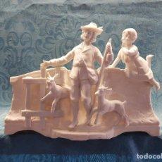 Antigüedades: BISCUIT BLANCO ESCENA PASTORIL. Lote 120508847