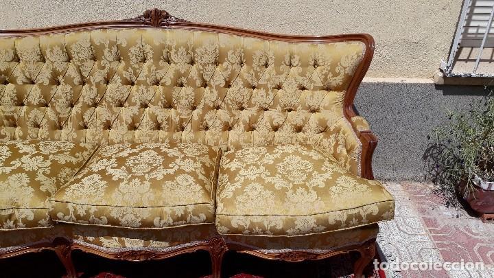 Antigüedades: Sofá antiguo estilo isabelino. Sofá antiguo capitoné tapizado amarillo. Sofá estilo Luis XV. - Foto 7 - 120522907