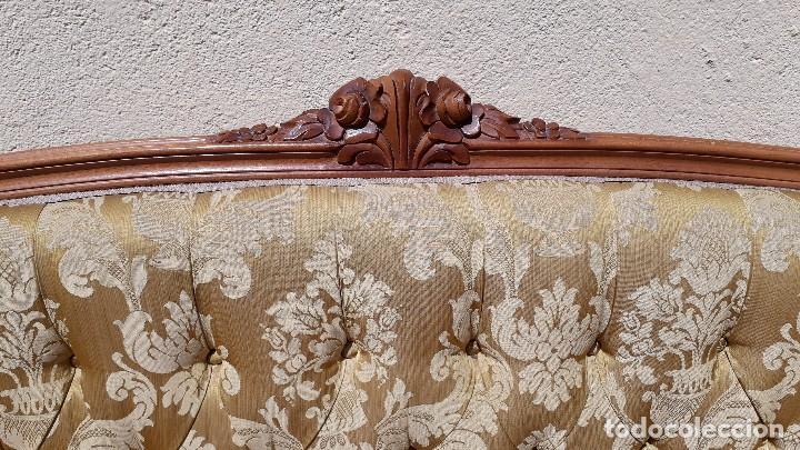 Antigüedades: Sofá antiguo estilo isabelino. Sofá antiguo capitoné tapizado amarillo. Sofá estilo Luis XV. - Foto 9 - 120522907