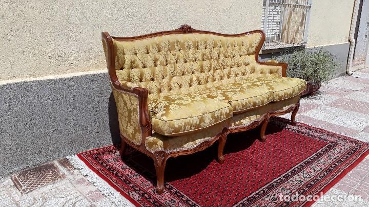 Antigüedades: Sofá antiguo estilo isabelino. Sofá antiguo capitoné tapizado amarillo. Sofá estilo Luis XV. - Foto 11 - 120522907