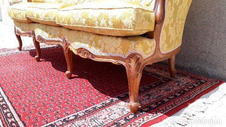 Antigüedades: Sofá antiguo estilo isabelino. Sofá antiguo capitoné tapizado amarillo. Sofá estilo Luis XV. - Foto 13 - 120522907