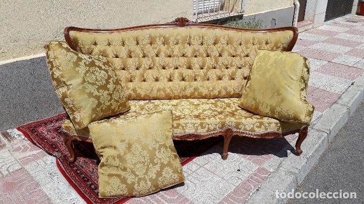 Antigüedades: Sofá antiguo estilo isabelino. Sofá antiguo capitoné tapizado amarillo. Sofá estilo Luis XV. - Foto 18 - 120522907