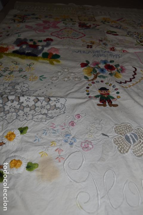 Antigüedades: lote de seis dechados o muestrario de bordados y vainicas - Foto 11 - 120579087