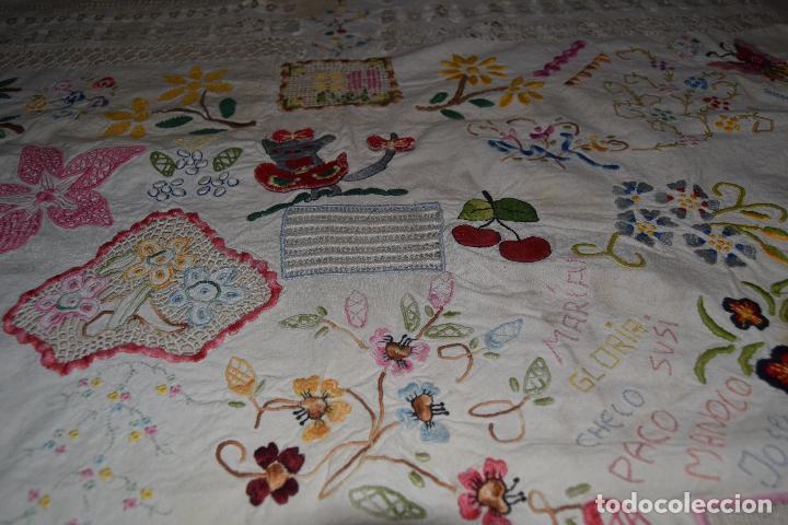 Antigüedades: lote de seis dechados o muestrario de bordados y vainicas - Foto 13 - 120579087