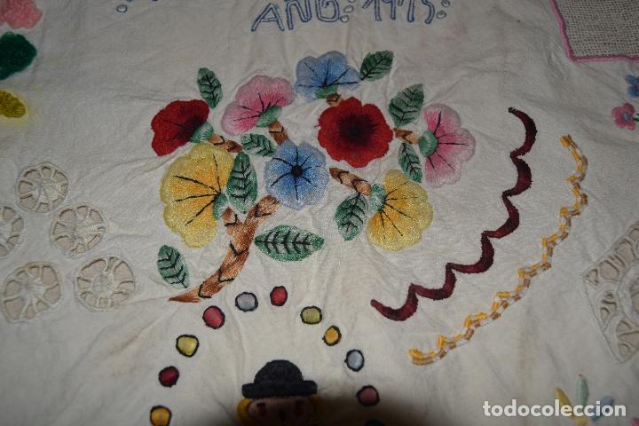 Antigüedades: lote de seis dechados o muestrario de bordados y vainicas - Foto 16 - 120579087