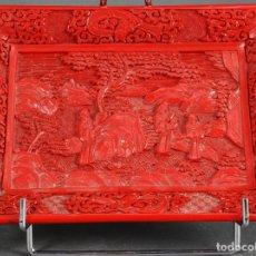 Antigüedades: BANDEJA EN LACA ROJA CINABRIO CHINA SIGLO XX. Lote 120625227