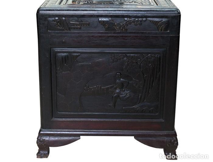 Antigüedades: Cofre Chino - Tallado en madera (50 x 60 x 100 cm) - China - 1920 - Foto 5 - 120629199