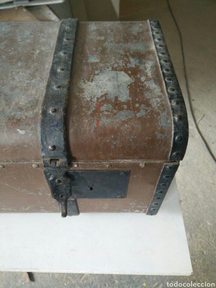 Antigüedades: Maleta de carruaje en forja - Foto 2 - 120644839