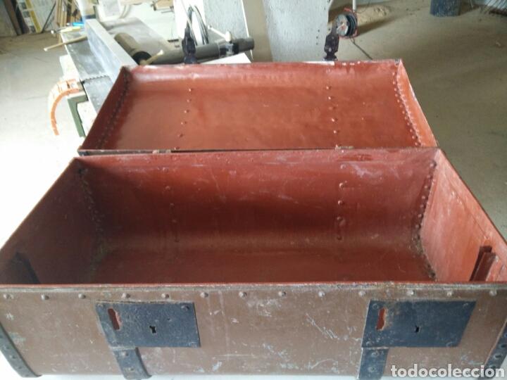 Antigüedades: Maleta de carruaje en forja - Foto 8 - 120644839
