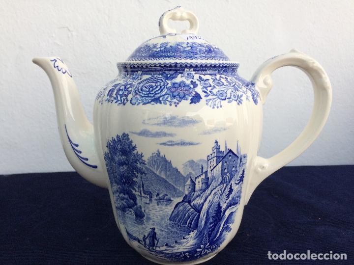 CAFETERA ANTIGUA SEMIPORCELANA SELLO VILLEROY&BOCH (Antigüedades - Porcelana y Cerámica - Alemana - Meissen)