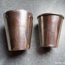 Antigüedades: BONITO LOTE DE DOS ANTIGUOS VASOS DE PLATA. Lote 120715079