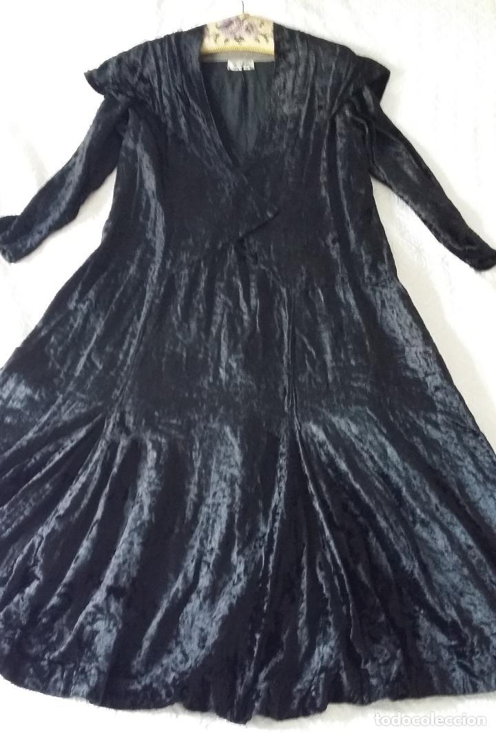 Antigüedades: Antiguo vestido de terciopelo Art Deco - americano - Foto 2 - 120767999