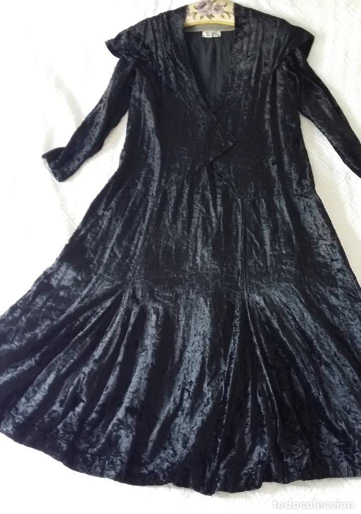 Antigüedades: Antiguo vestido de terciopelo Art Deco - americano - Foto 12 - 120767999