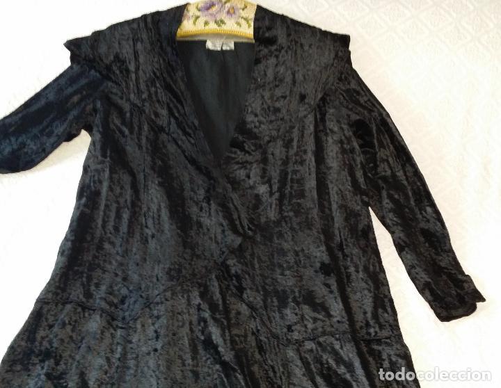 Antigüedades: Antiguo vestido de terciopelo Art Deco - americano - Foto 13 - 120767999