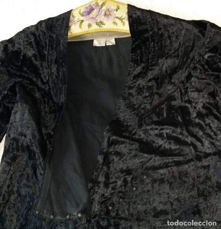 Antigüedades: Antiguo vestido de terciopelo Art Deco - americano - Foto 14 - 120767999