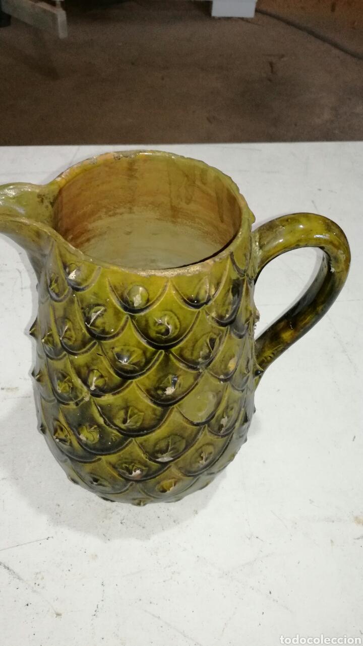 JARRA ANTIGUA DE BARRO MUY BONITA VERDOSA AMARILLA (Antigüedades - Porcelanas y Cerámicas - Otras)