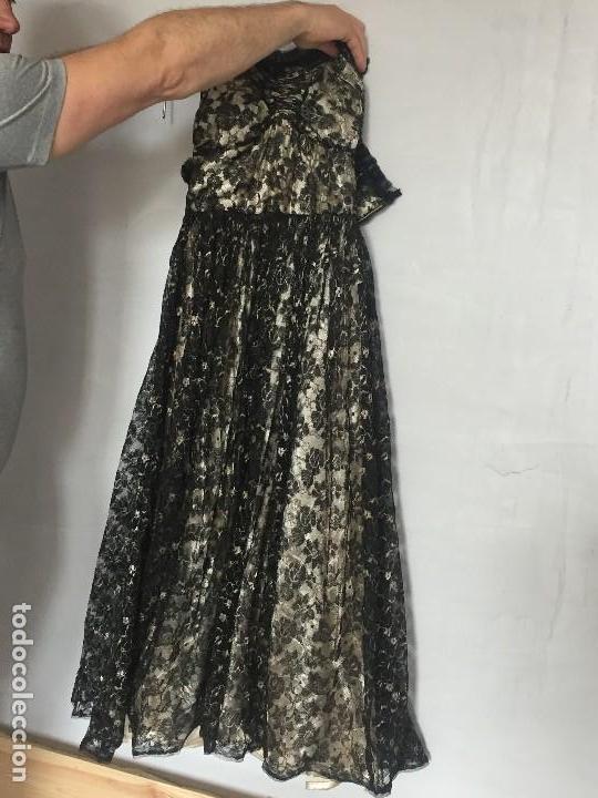 Antigüedades: vestido de fiesta tul negro fondo seda vainilla encaje escote palabra de honor años 40 50 - Foto 20 - 120878055