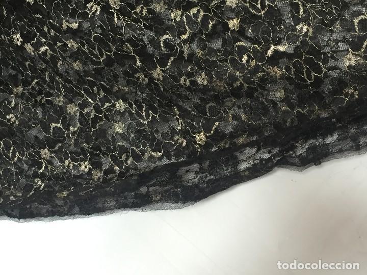 Antigüedades: vestido de fiesta tul negro fondo seda vainilla encaje escote palabra de honor años 40 50 - Foto 22 - 120878055