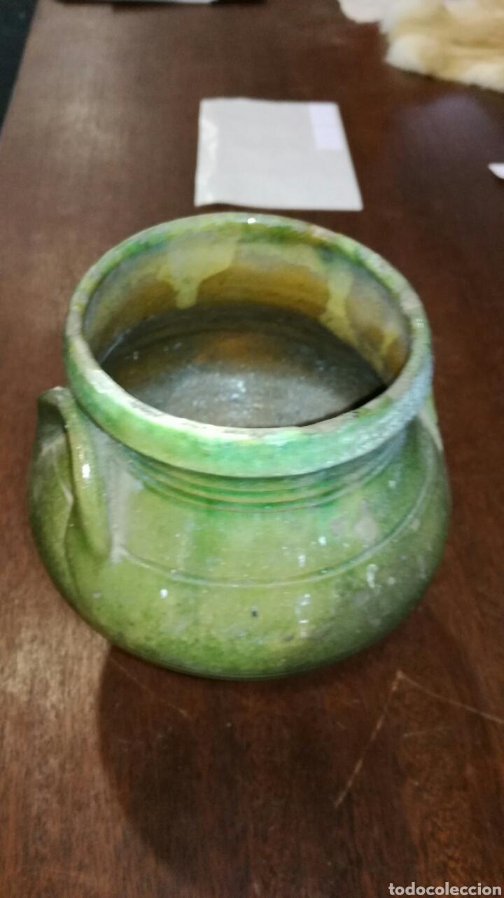 Antigüedades: Puchero de barro verde antiguo muy bonito - Foto 3 - 120927078