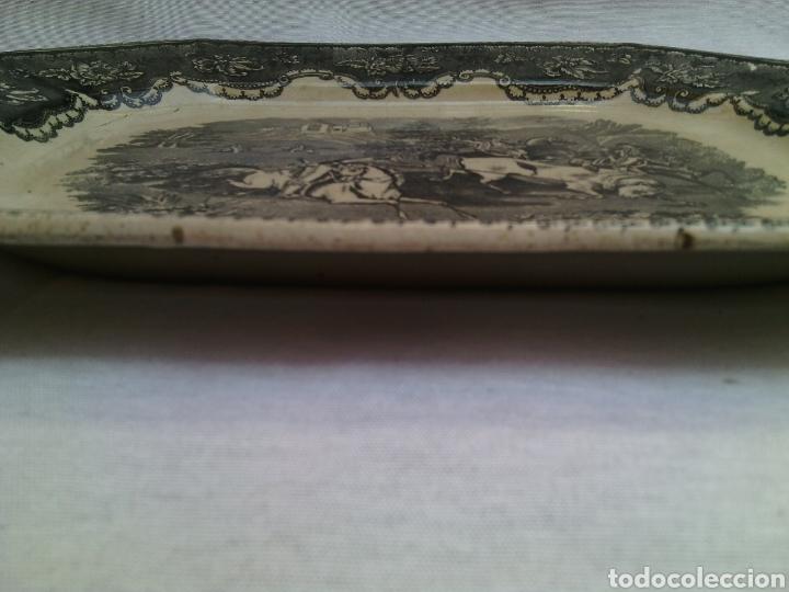 Antigüedades: BANDEJA FUENTE OCHAVADA.CAZA DEL TORO.LA AMISTAD.CARTAGENA.35X27X3CM. - Foto 4 - 120963004