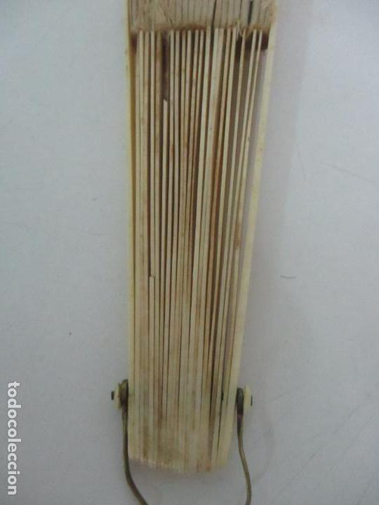 Antigüedades: Antiguo Abanico Isabelino - Hueso, Marfil - Paisaje Seda - S. XIX - Foto 14 - 120996179