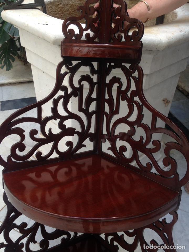 Antigüedades: Estantería rinconera, repisa de caoba siglo XIX, restaurada - Foto 4 - 121005755