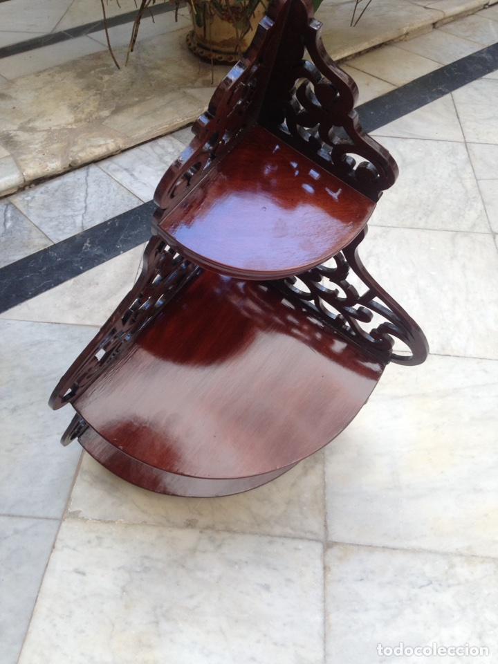 Antigüedades: Estantería rinconera, repisa de caoba siglo XIX, restaurada - Foto 11 - 121005755