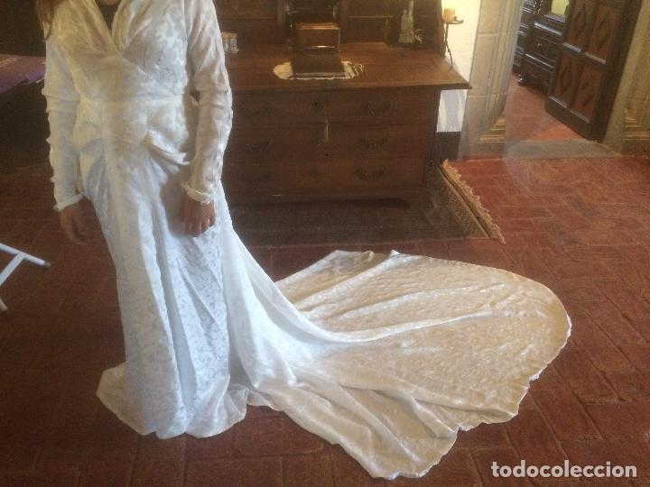 Imagenes de vestido de novia con cola larga