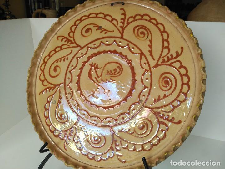 GRAN PLATO ANTIGUO FIRMADO HERMANOS ALMARZA (Antigüedades - Porcelanas y Cerámicas - Úbeda)