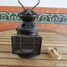 Antigüedades: FARO FAROL DE ESTACION DE TREN LOCOMOTORA CON CAMBIO DE COLOR TRANSFORMADO EN LAMPARA . Lote 121102771