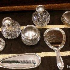 Antigüedades: JUEGO DE TOCADOR PLATA DE LEY CON CONTRASTE OCHO PIEZAS. Lote 121167003