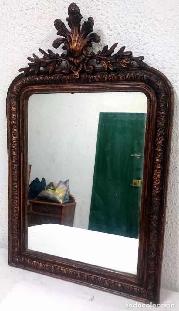 Antigüedades: Espectacular espejo isabelino de madera de pino aragonés en color cobre con copete. 80x62 cm. S.XIX - Foto 3 - 121168191