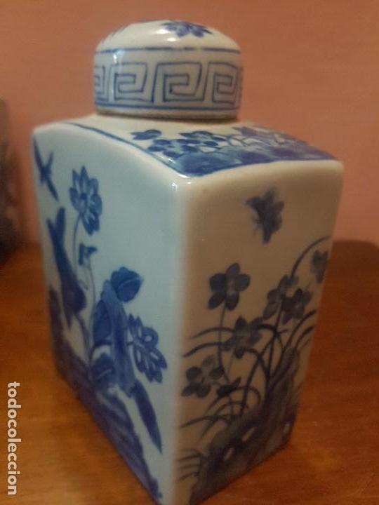 Antigüedades: botellas. porcelana. esmaltada a mano en azul.china - Foto 5 - 121179839